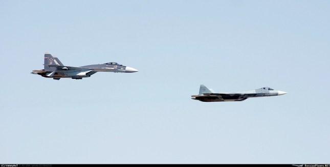 Su-35-e-PAK-FA